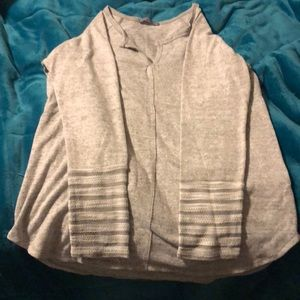 Gray long sleeved top